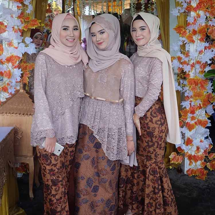 √ 30+ Model Kebaya Kartini Modern 1502bdf612
