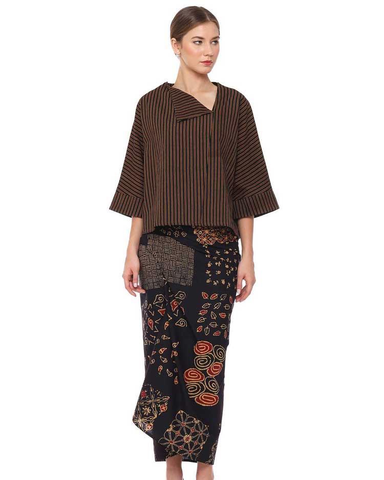√ 30+ Model Baju Batik Atasan Wanita Kantor Terbaru 2019 f22d3d1c18