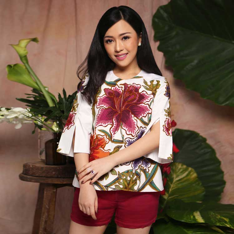 model baju batik formal wanita