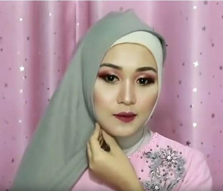 gambar tutorial hijab buat wisuda