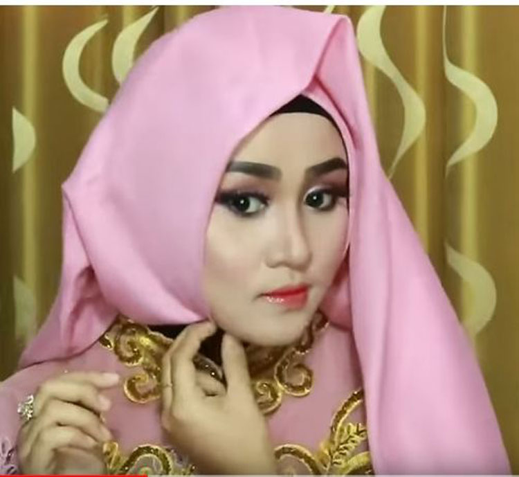 free download video tutorial hijab wisuda