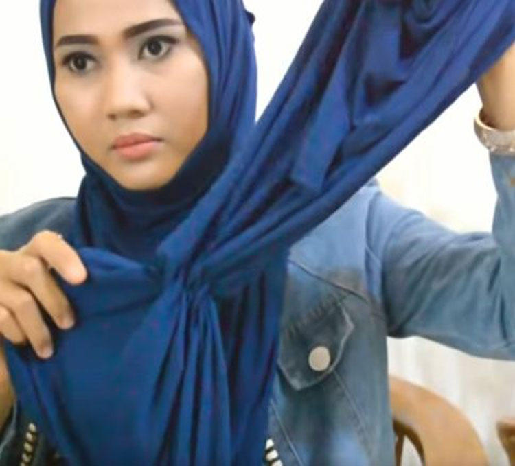 tutorial hijab pashmina semi formal