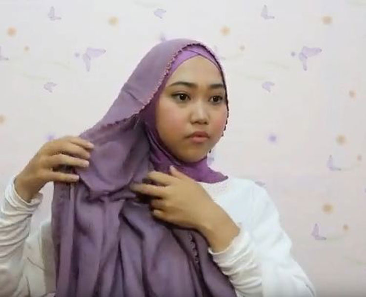 tutorial hijab pashmina panjang simple