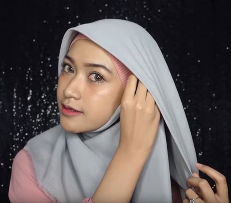 tutorial hijab simple untuk graduation