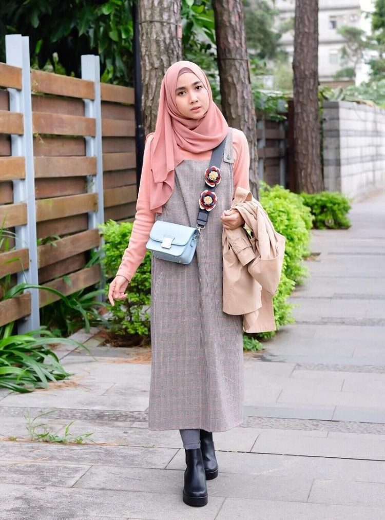 fashion jumpsuit hijab