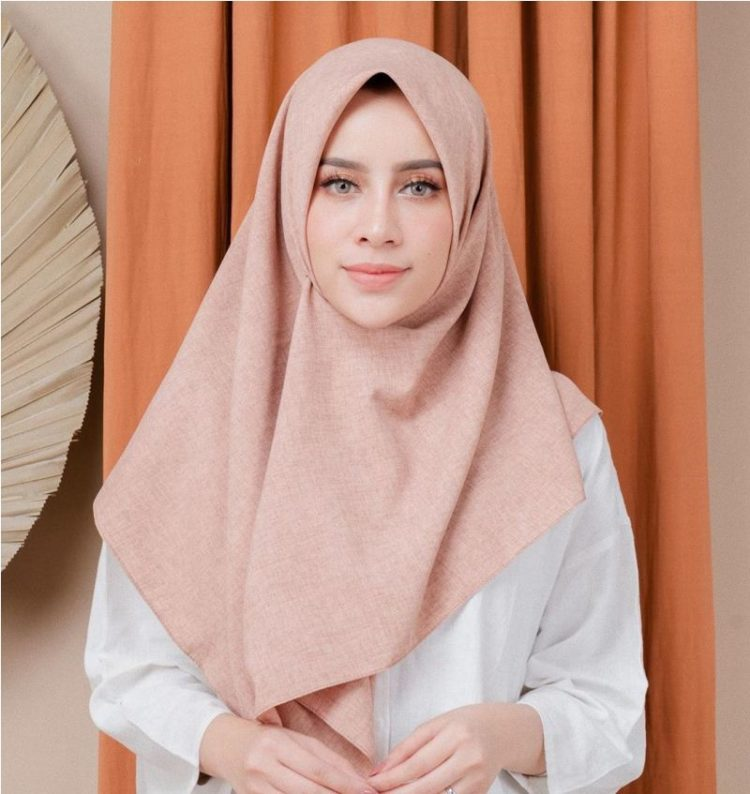 femme outfit lozy hijab
