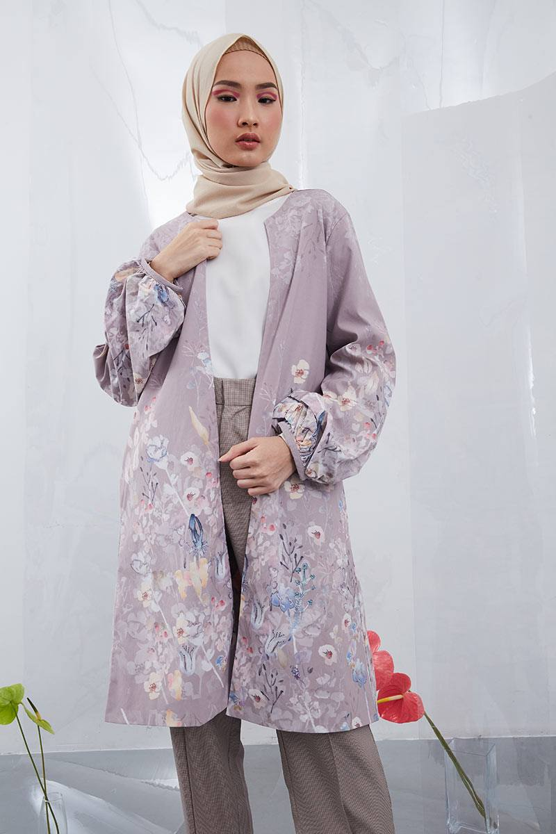 purple outer dan hijab square