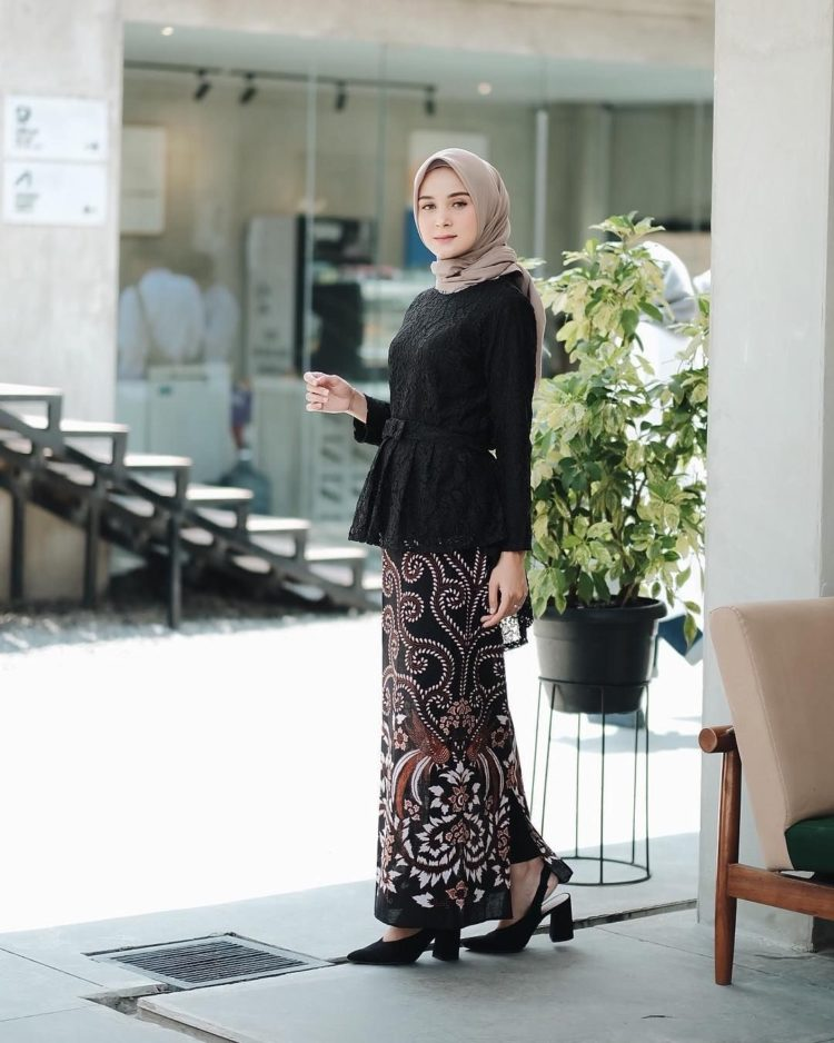 kebaya dress hitam