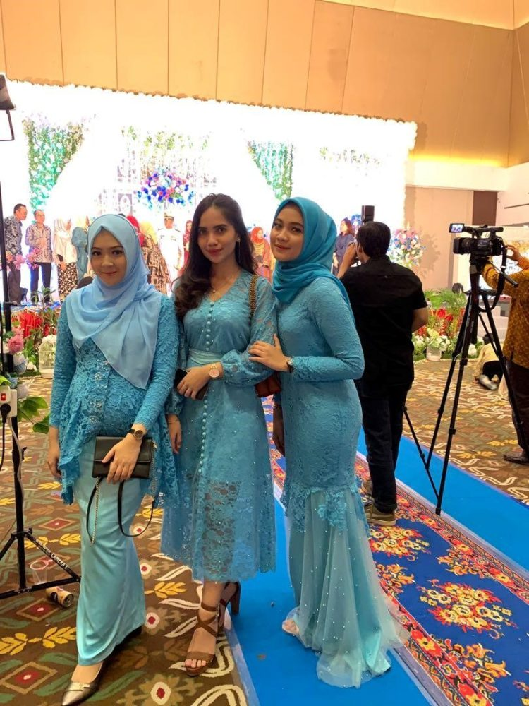kebaya bridesmaid murah
