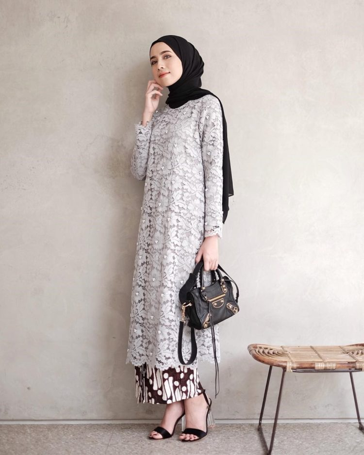 inspirasi kebaya kondangan simple