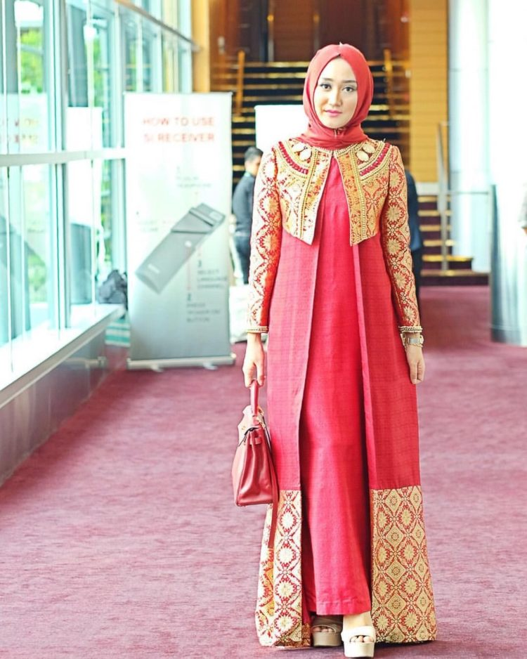 gambar long dress batik