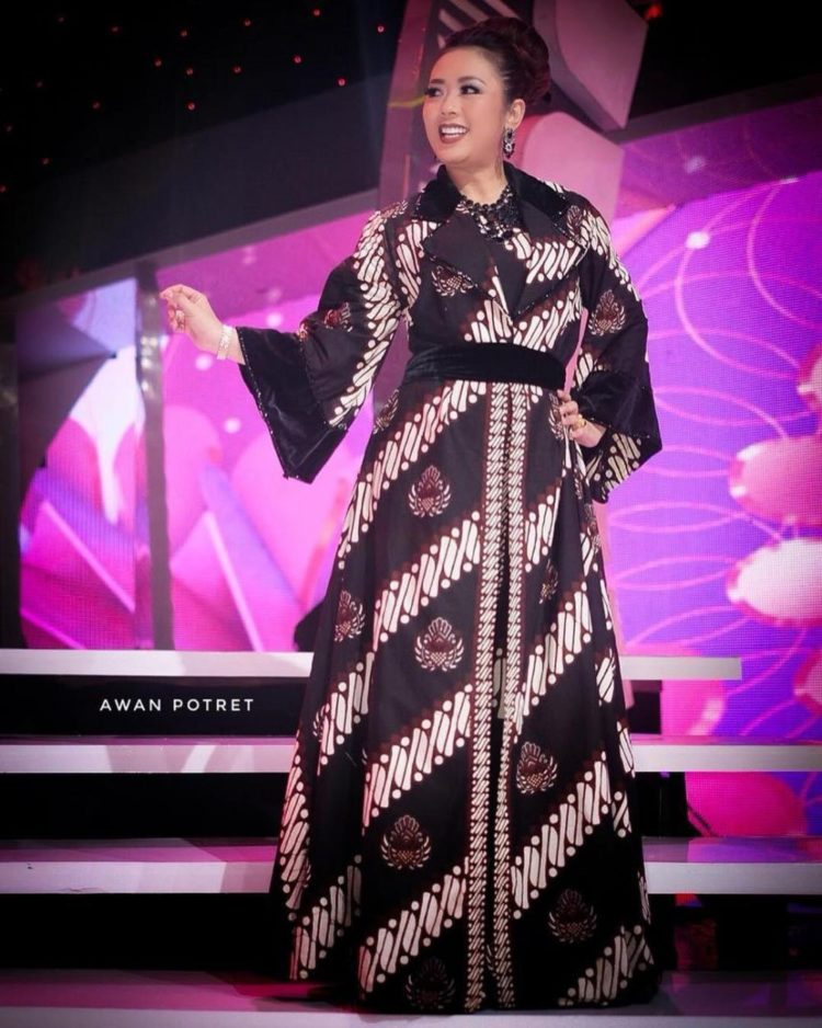 long dress batik orang gemuk