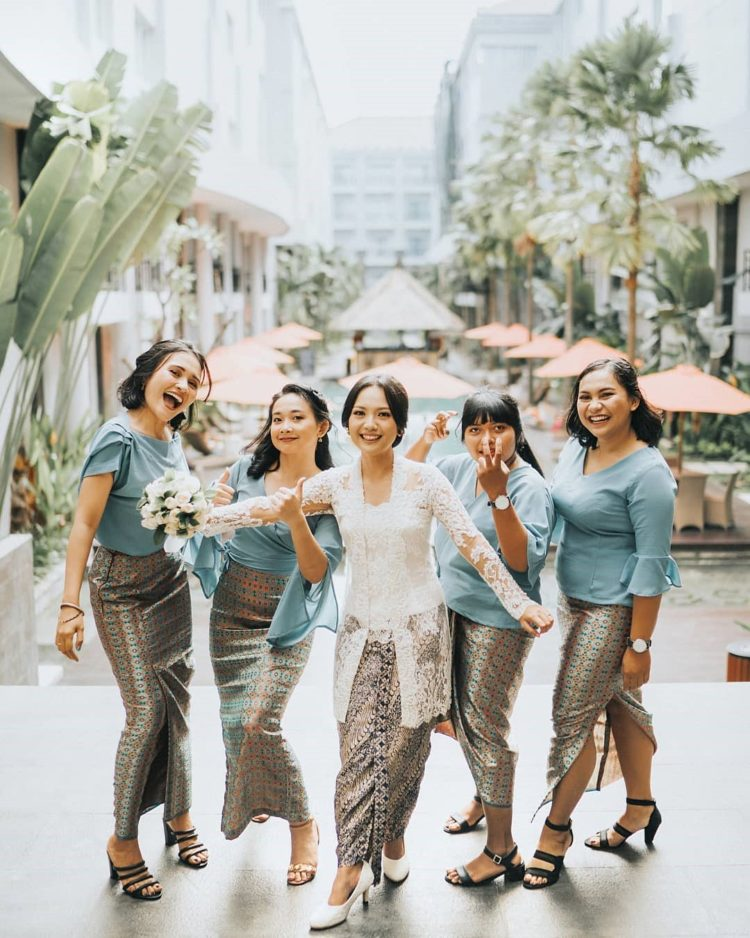 kebaya bridesmaid hijab