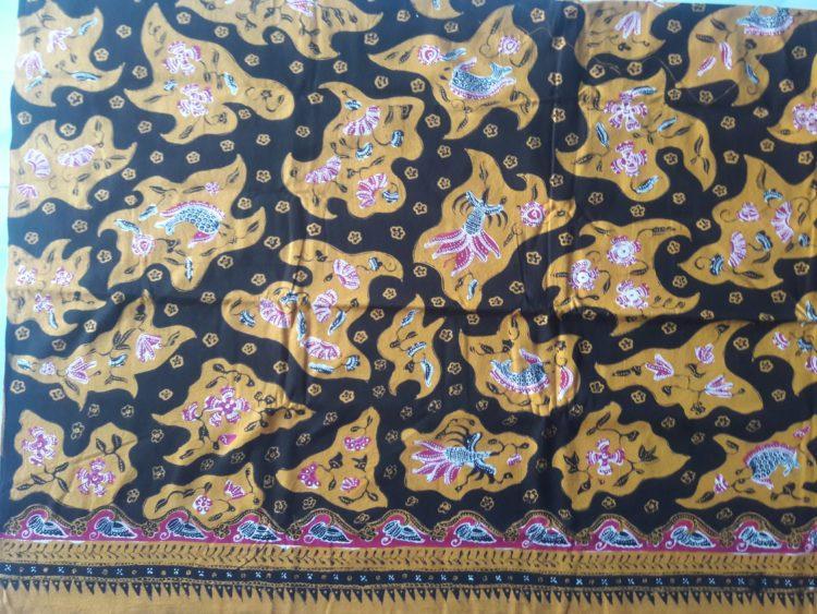 baju batik khas indramayu