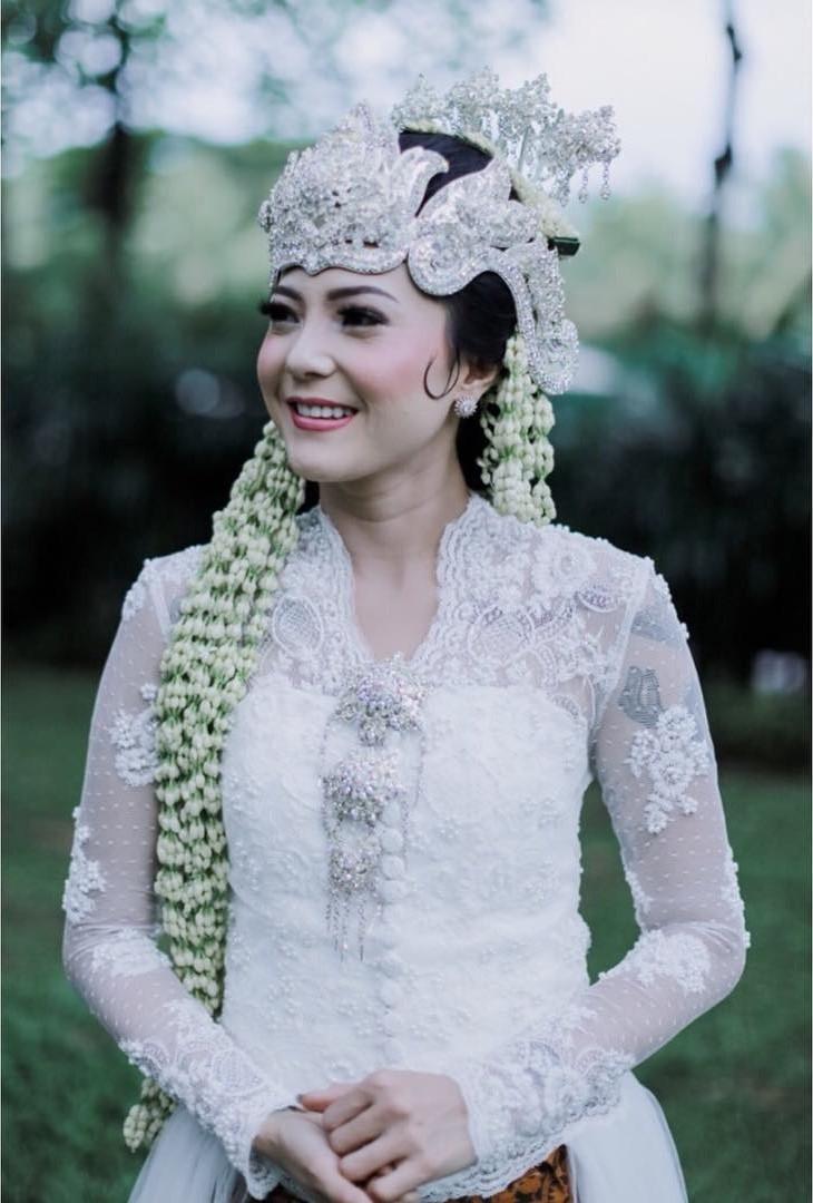 kebaya pengantin sunda hijab