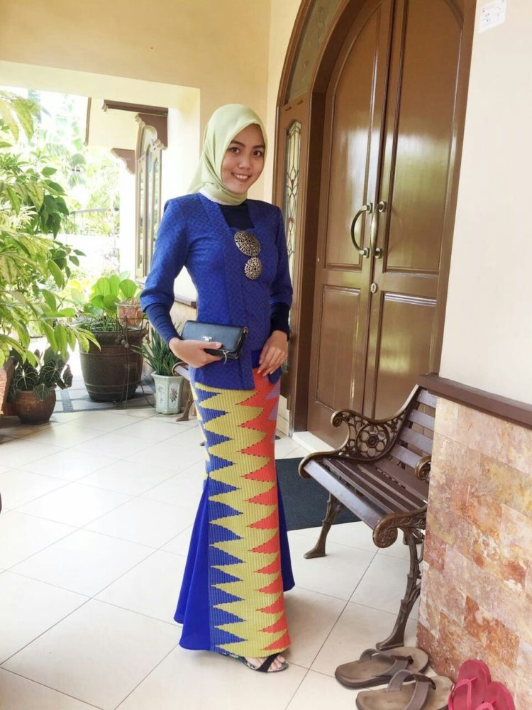 kebaya kutu baru hijab syar'i