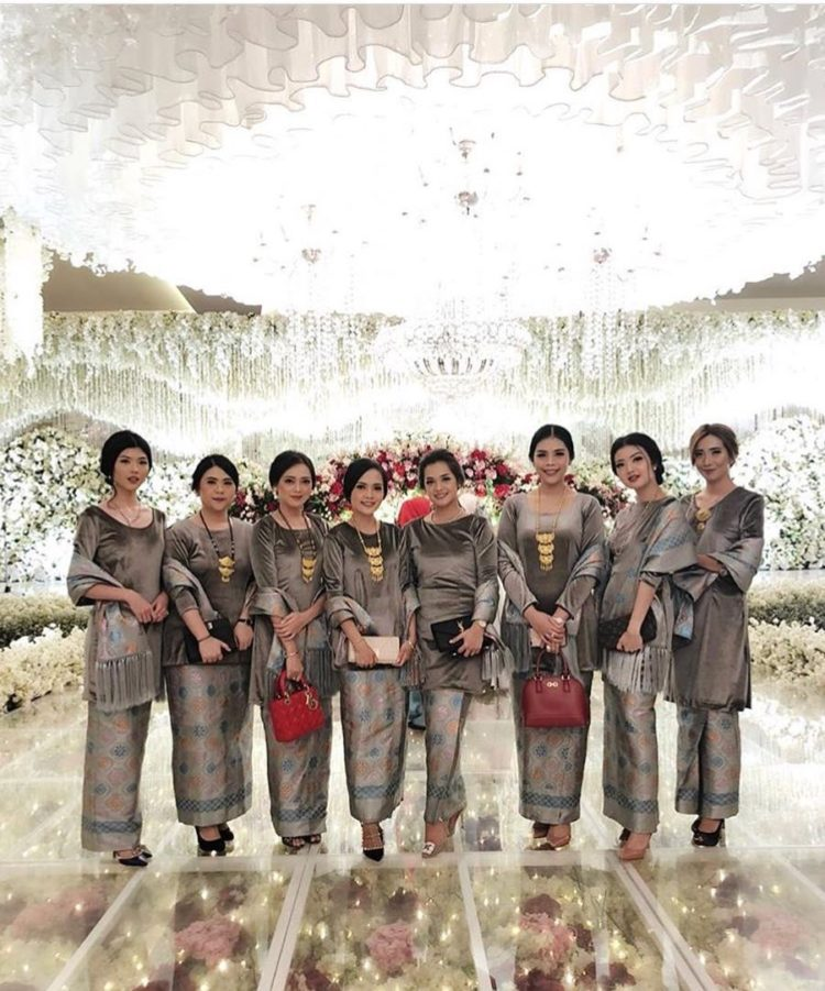 kebaya bridesmaid instagram